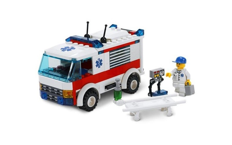 LEGO-City-Ambulance